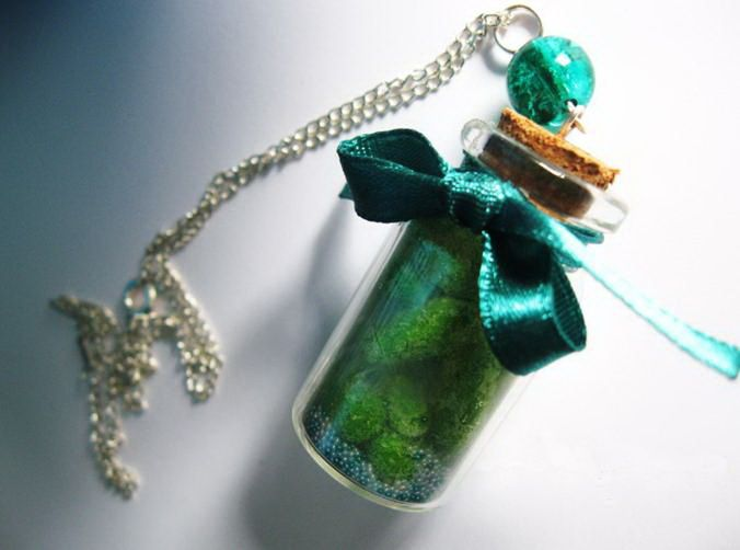 17 best images about glass bottle charms on pinterest for Glass bottle gift ideas