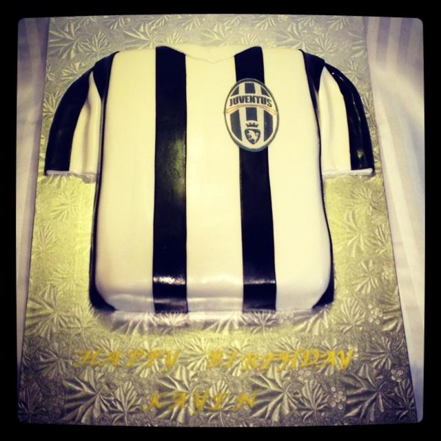 Juventus soccer jersey cake birthday cakes pinterest