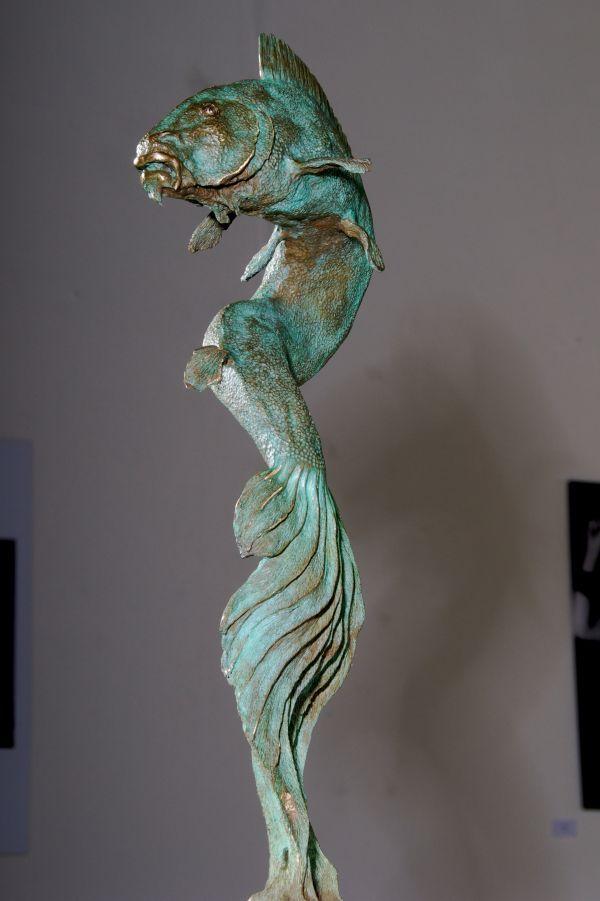Bronze Fresh Water Fish sculpture statue statuettes #sculpture by #sculptor John Douglas Joyce titled: 'Koi Carp (Big Large bronze Pirouetting Swimming Ornamental Fish statue)' #art