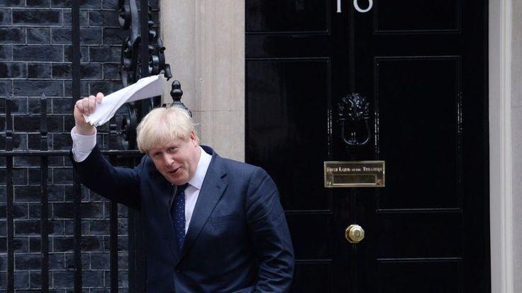 Boris Johnson attacked over 'Prosecco insult' - BBC News