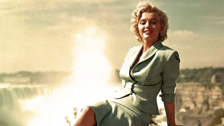 Marilyn monroe wallpaper 15 cute Collection Marilyn-Monroe-free-wallpapers-pic