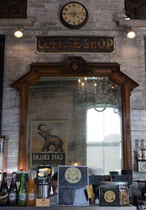 Balzac's Coffee Roasters – Distillery District