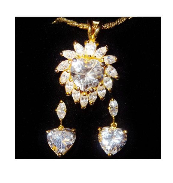 Elizabeth Taylor S Radiance Collection Heart Cut Cz Necklace In Gold Plated Metal