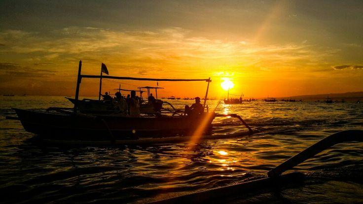 Dolphine sunrise at lovina north of Bali