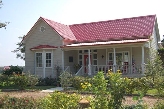Red metal roof houses red metal roof red roof ranch - Cost to paint exterior trim on house ...