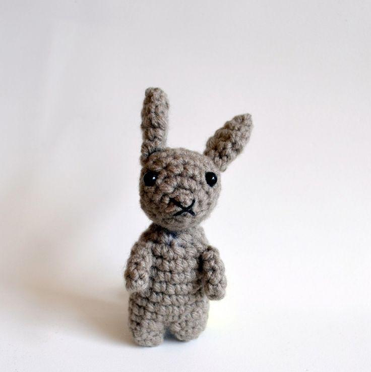 Small Amigurumi Bunny Pattern : Top 25 ideas about Amigurumi Patterns on Pinterest Toys ...