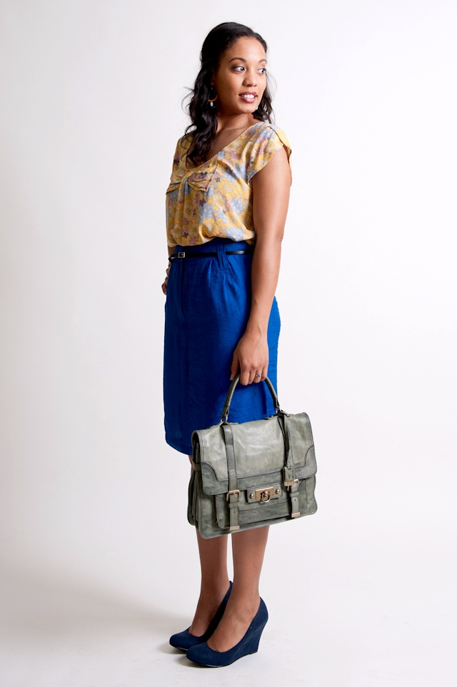 Summer business casual inspiration -- love the purse