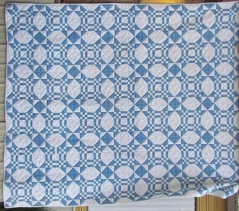 Blue and White Touching Star Quilt - want to make this in orange & white