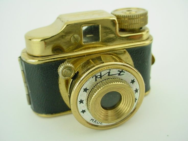 """Hit Subminiature Camera Gold Vintage 1950's Japanese """"Spy"""""""