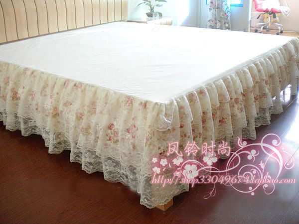 Love the lace bedskirts for guestroom bed