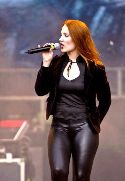 simone simons ladies sexy - photo #17