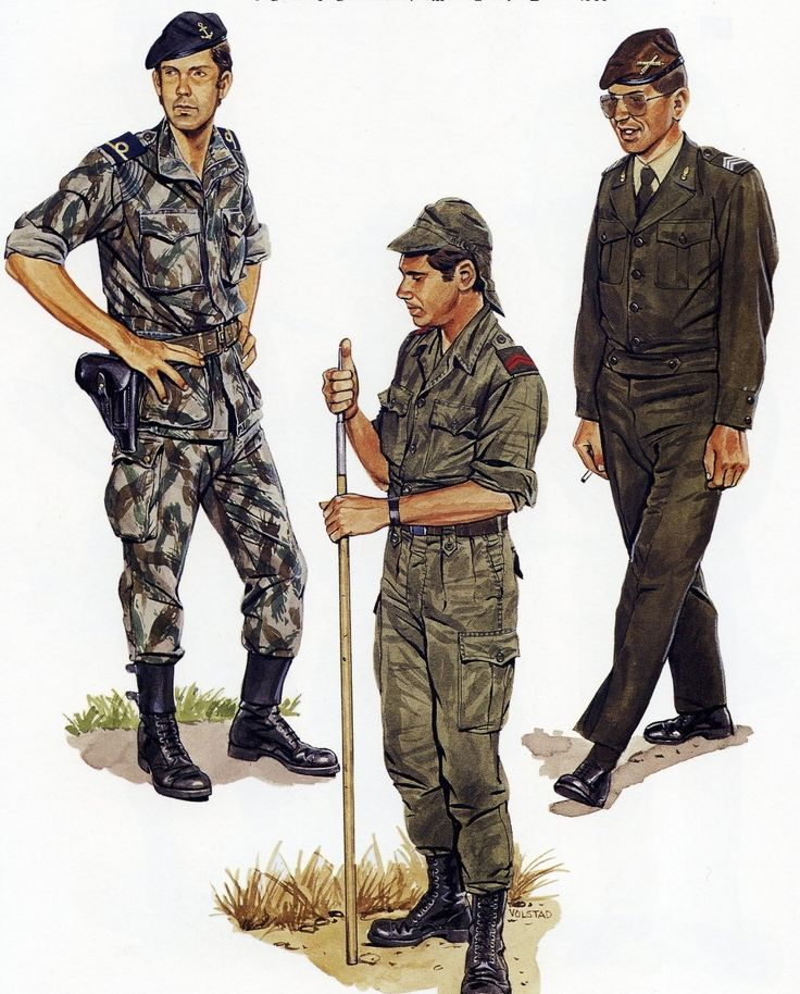 Portuguese Colonial War, mid-60's uniforms. To the left is a junior officer of the Portuguese Marines in combat dress, easily distinguished by the anchor on his beret
