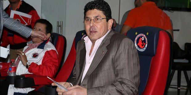 Fidel Kuri dueño de tiburones pide licencia y va por Boca del Rio - http://www.esnoticiaveracruz.com/fidel-kuri-dueno-de-tiburones-pide-licencia-y-va-por-boca-del-rio/