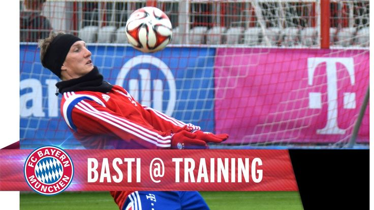 Great to see you smiling again in training, Bastian Schweinsteiger! Keep on pushing, Fußballgott!