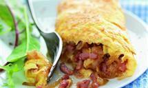 Omelette aux lardons et aux oignons en...