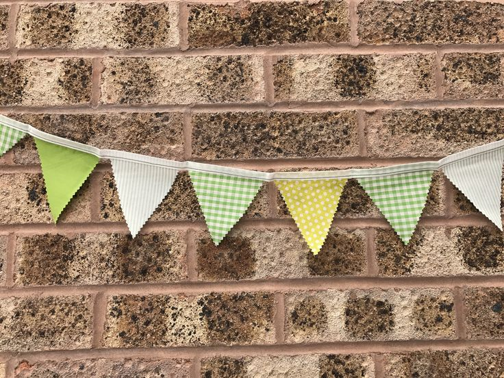 This mini bunting was sent out at the weekend! Green bunting has been the most popular this year.  . . . #janeys #bunting #green #handmade #shopsmall #mumswork #shophandmade #personalisedgifts #crafter #supportsmallbusiness