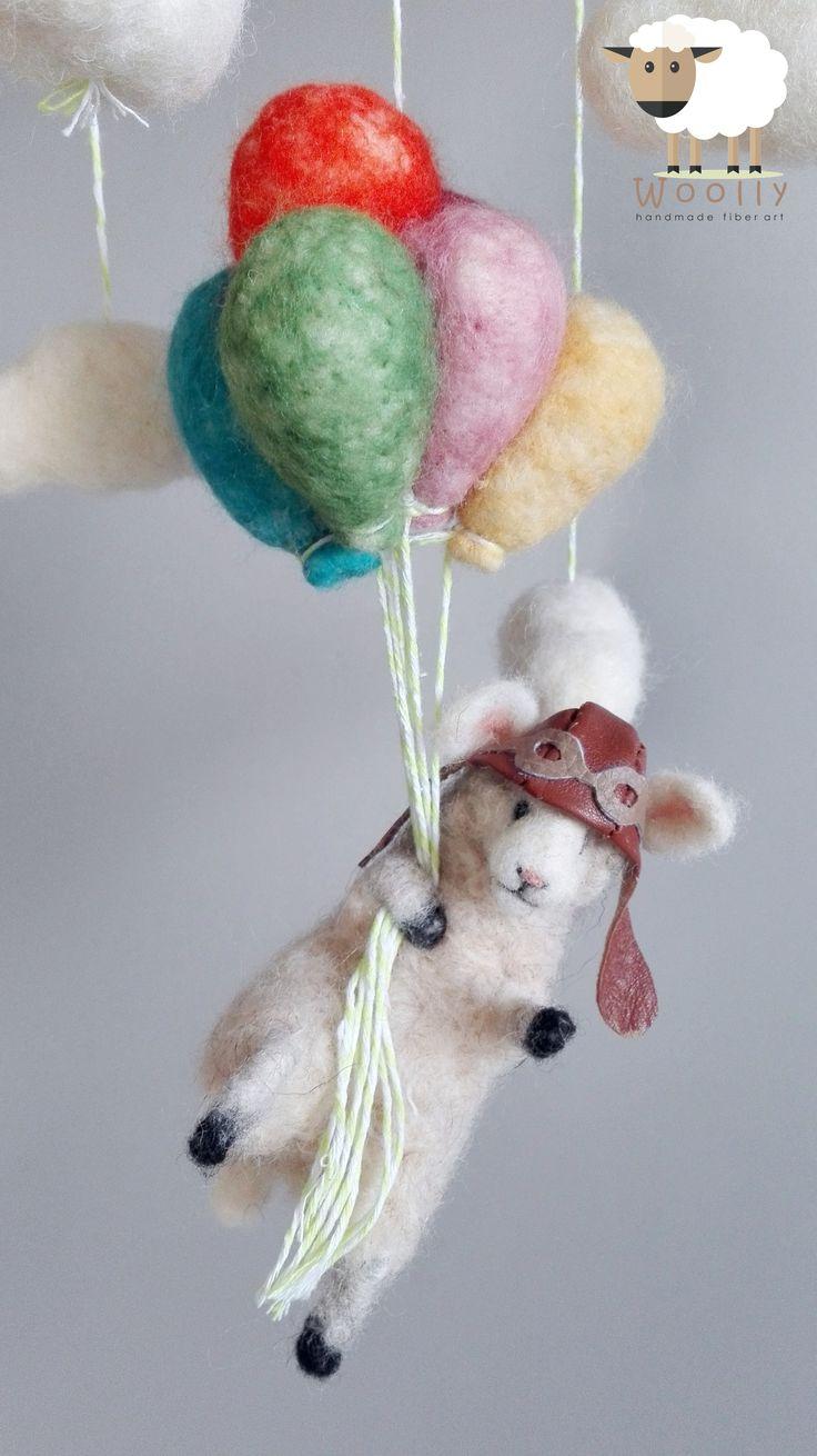 Tűnemez technikával készült baba forgó kiságy fölé vagy baba szoba dekorációnak. Needle felted lamb baby mobile. Nursery decoration. baby mobile  #needlefelted #babymobile #babaforgo #lamb