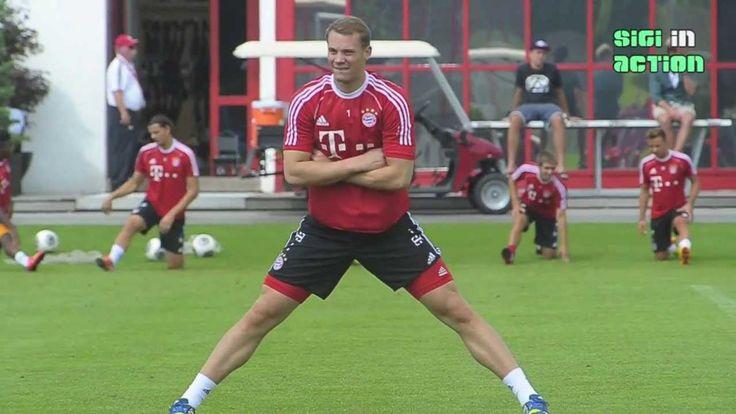 FC Bayern München: Impressionen von Torwart Manuel Neuer beim Training a...
