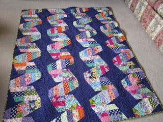 Quilting Is My Bliss: Fast Forward Quilt by Jaybird