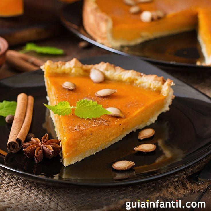 El pastel de calabaza o pumpkin pie es una receta tradicional americana que se suele servir en la cena de Acción de Gracias y en Navidad.  La calabaza es una fruta rica en fibra y agua, además es baja en grasas.