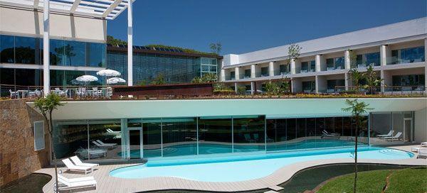 O Onyria Marinha Edition Hotel & Thalasso, que foi recentemente distinguido como o terceiro melhor hotel do mundo, pelos utilizadores do prestigiado portal TripAdvisor, preparou um programa muito especial para comemorar o Dia Internacional da Mulher, que se comemora a 8 de Março.