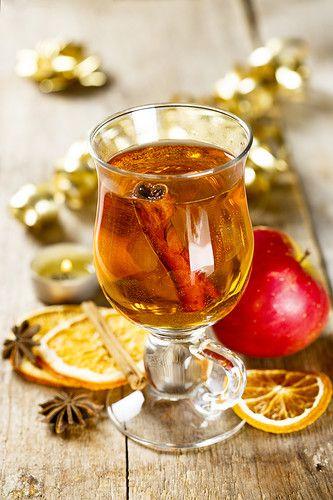 Горячий яблочный сок