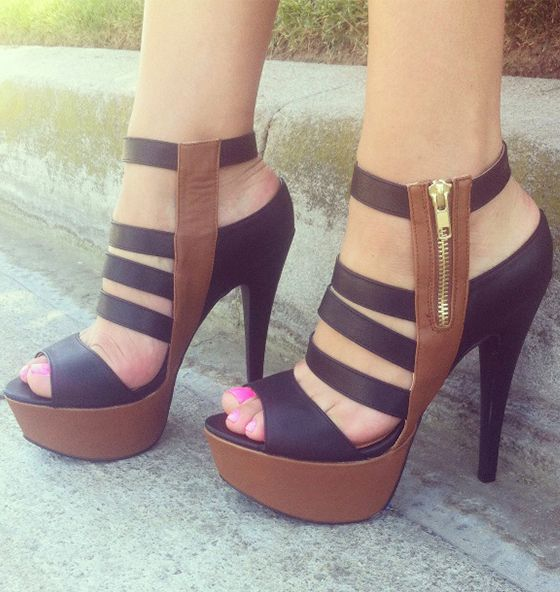 In love with these heels♥♥♥♥