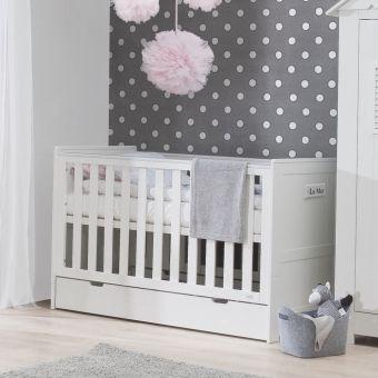 Ideal  LA MER ist ein hochwertiges und mitwachsendes Kinderbett mit Schlupfsprossen aus wei lackiertem Pinien Massivholz Dannenfelser Kinderm bel