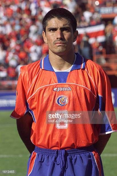 Mauricio Solis of Costa Rica prepares for the during the 2002 Gold Cup match against Trinidad Tobago at the Orange Bowl in Miami FloridaThe game end...