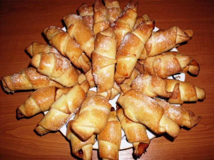 Ha igazán puha kifliket akarsz készíteni, próbáld ki ezt a remek receptet! Kelesztés nélkül készül, de bámulatos!  Hozzávalók:  50 dkg liszt 2 evőkanál cukor 3,5…