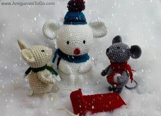 Schneemann gebaut für eine Maus ~ Amigurumi To Go