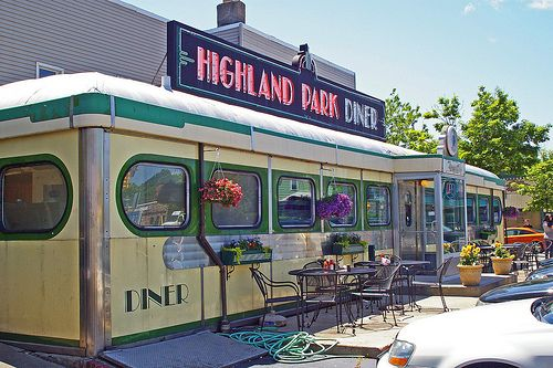 The Highland Park Diner, front view