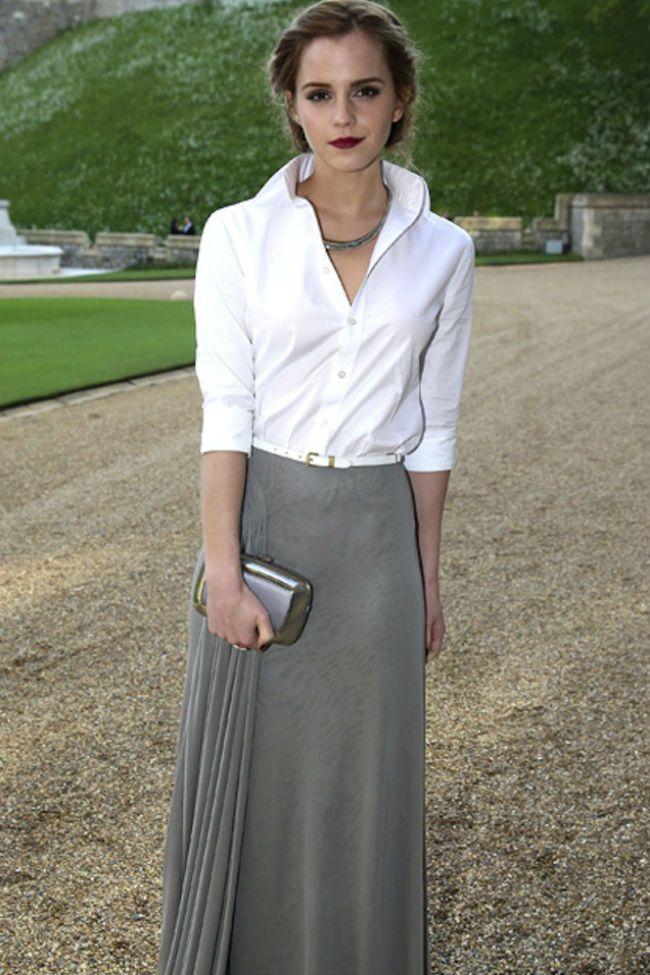 Emma Watson Falda larga y Camisa Blanca