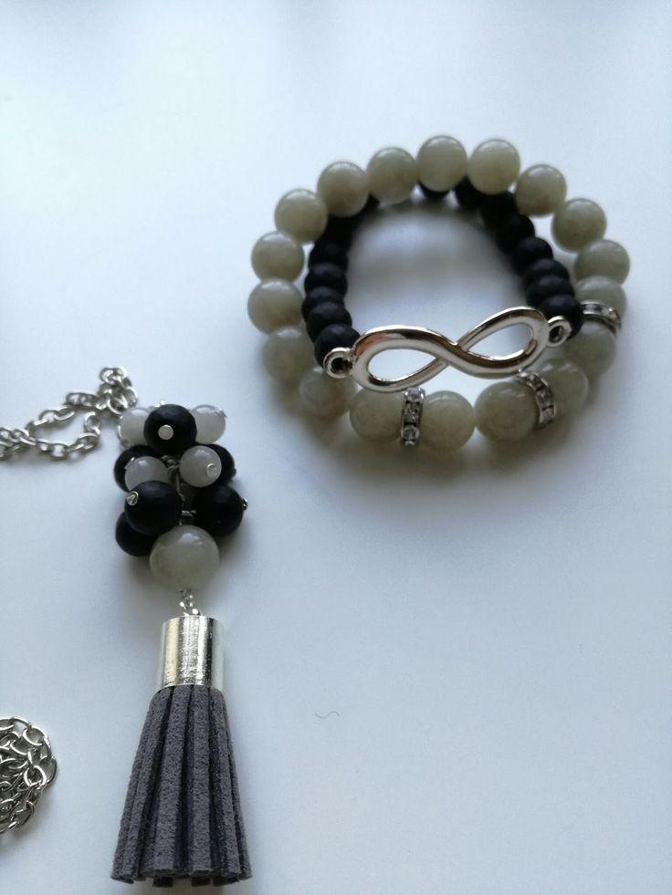 komplet biżuterii - wisior gronko (dzięki kursowi Qrkoko) oraz dwie bransoletki na gumce