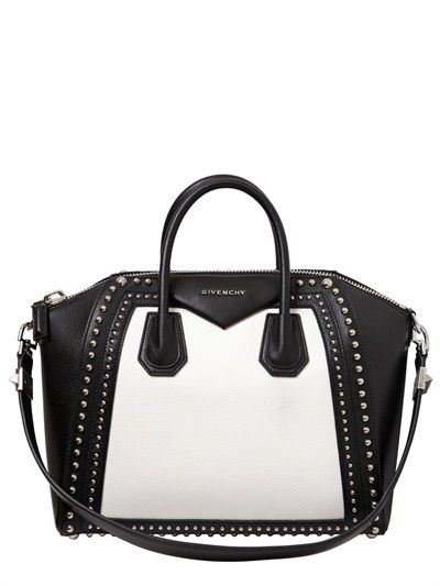 GIVENCHY - in classic black and white
