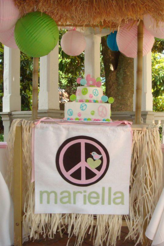 Peace sign birthday: Pool Parties, Swim Parties, Birthday Parties, Signs Swim, Parties Wagon, Peace Signs, Parties Ideas, Birthday Pools Parties, Birthday Ideas