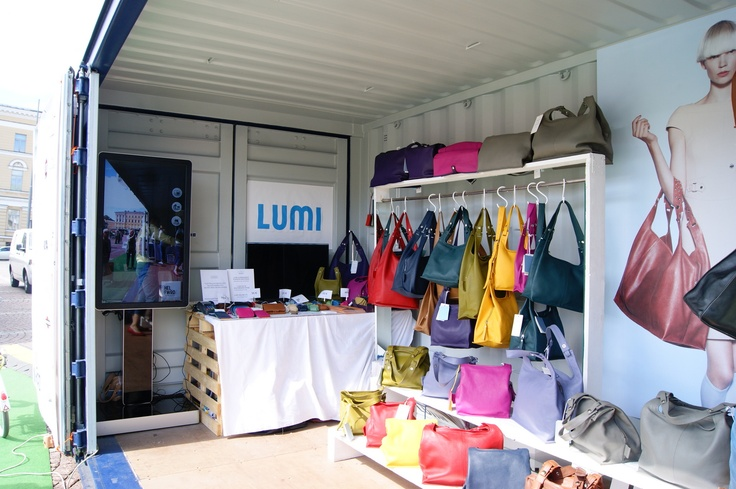 Lumi Accessories in Helsinki Fashion Village on Senate Square of Helsinki. Photo by myPose! ltd.
