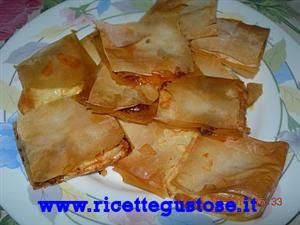 Quadratini di pasta fillo o phyllo con nduja e scamorza, ricette pasta ... Nduja Receipes