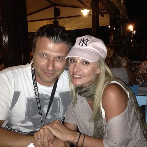 Giannis Ploutarxos  & Peggy Zina - Greek Singers