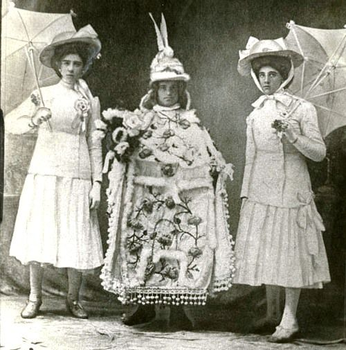 Mummers from 1902 Philadelphia. Now Check out what's on for the Mummers Parade this year!