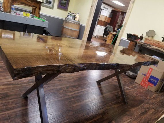 Custom Live Edge Maple Dining Room Table This Table Is Set On