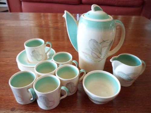 English Porcelain - ART DECO KESTREL SHAPE FEATHER PATTERN SUSIE COOPER 16 PIECE COFFEE SET for sale in Durban (ID:226004864)