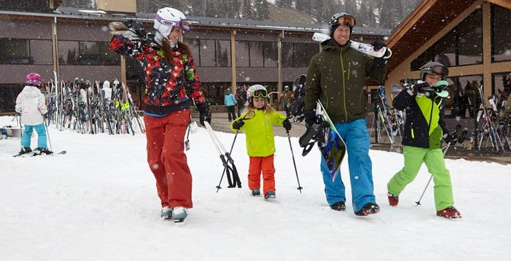 Dreaming of a winter wonderland? Ski the slopes for free with your Xplorie vacation rental!  From Colorado to Lake Tahoe, we partner with some of the best ski resorts in the country.