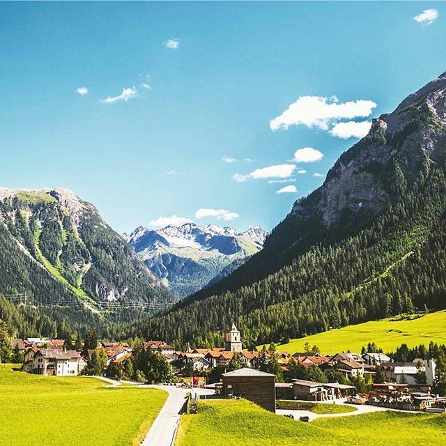 Bergün, Graubunden📍 Photo by @borisbaldinger #bergün#lucerne#switzerland#swiss#ticino#graubünden#zurich#valais#bern#swiss#lugano#locarno#geneva#zurichlake#zürichcity#zürich#freiburg#glarus#beautifulworld#beautifulplace#world#earth#natur#svizzera#swissalps#bern#basel#stgallen#apenzell#schwyz#lausanne#wallis