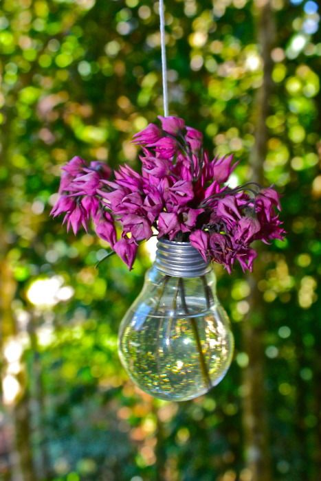 Great DIY gift for Mom: Thoughts, Pretty Neat, Decor Ideas, Outdoor Decor, Neat Ideas, Lights Bulbs, Diy Gifts, Outdoor Parties, Bulbs Flowers