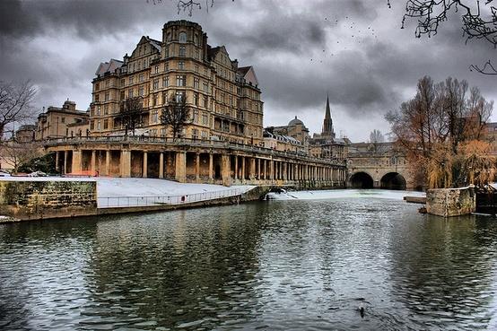 Bath city centre on a frosty morning!