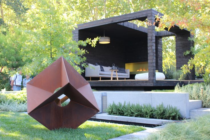 'The Muse' by Natural Design What a beautiful contemporary design! I love it