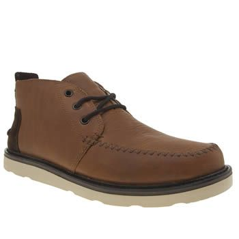 TOMS Brown Chukka Boot Mens Boots Guys, treat your feet to the TOMS Chukka Boot as it arrives for A/W. This stylish profile features a brown waterproof leather upper to keep your feet dry. Tonal accents and stitch details adds a touch http://www.MightGet.com/january-2017-13/toms-brown-chukka-boot-mens-boots.asp