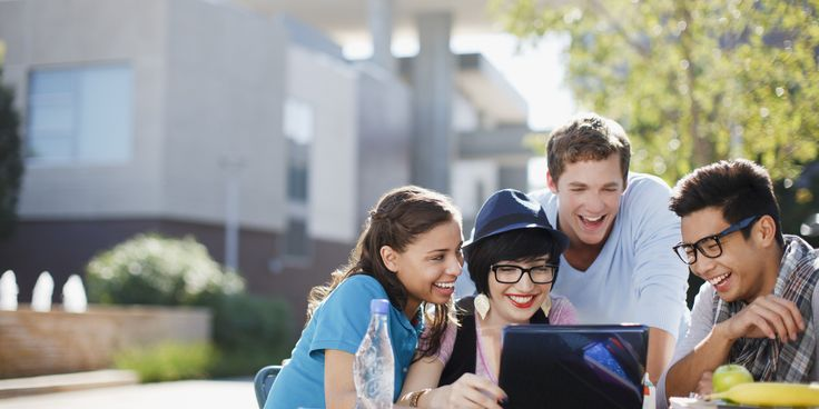 Private scholarships for college students