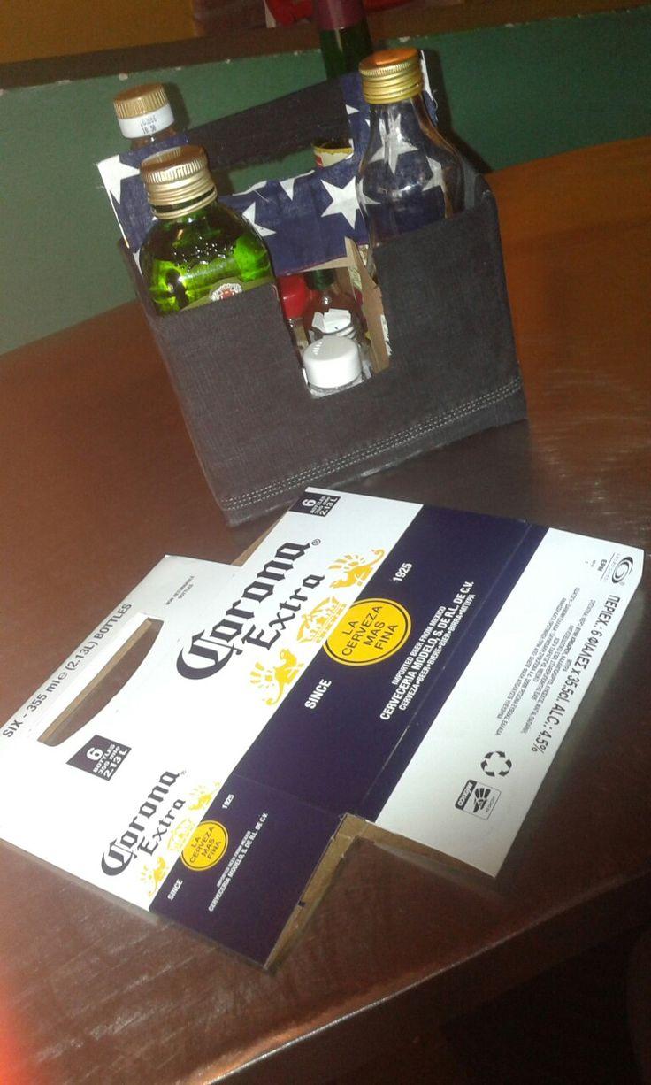 Ricoprendo con avanzi di stoffa il cartone della birra corona ho creato un porta condimenti. SandRArte - a noi piace riciclare
